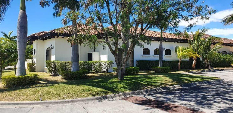 Venta-casa-una-planta-en Santa Ana-Lindora-Condominio-Vista-Verde-premier-propiedades (43)