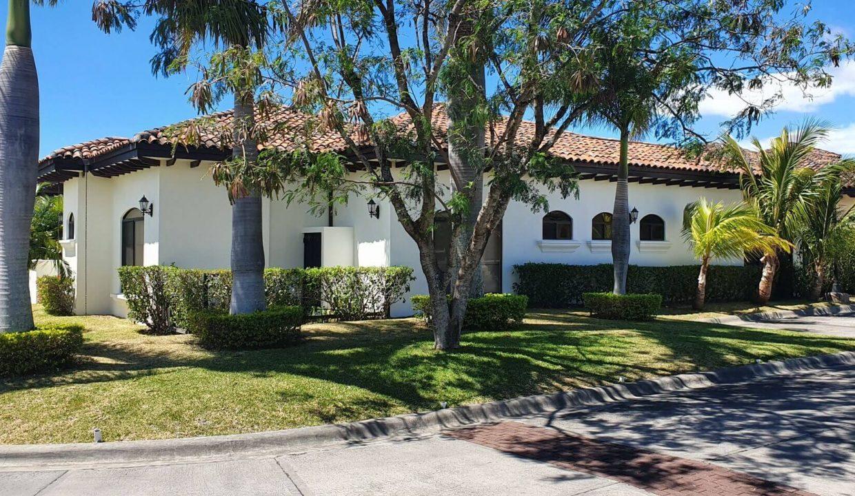 Venta-casa-una-planta-en Santa Ana-Lindora-Condominio-Vista-Verde-premier-propiedades (6)