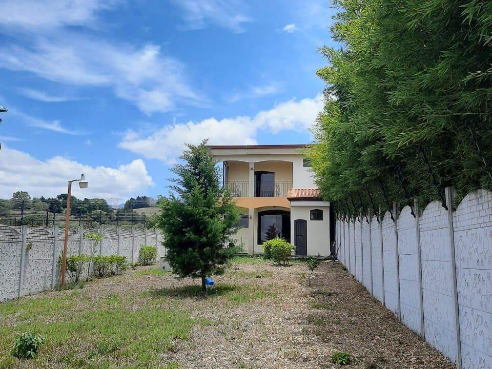 Venta-de-Casa-en-Concepción-San-Rafael-de-Heredia-premier-propiedades (12)