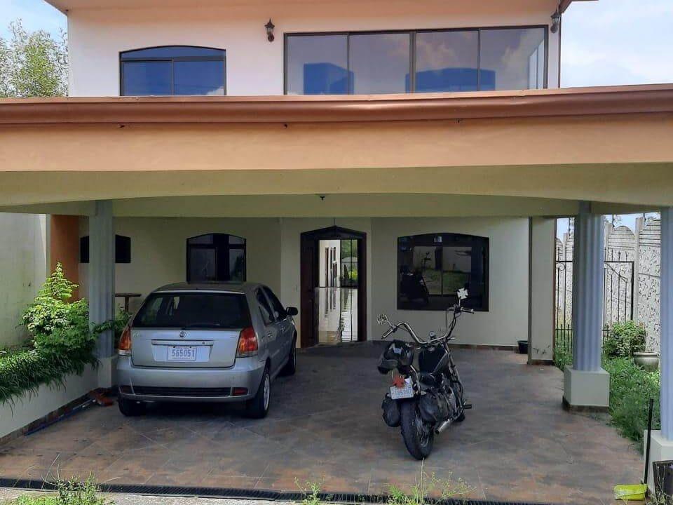 Venta-de-Casa-en-Concepción-San-Rafael-de-Heredia-premier-propiedades (6)