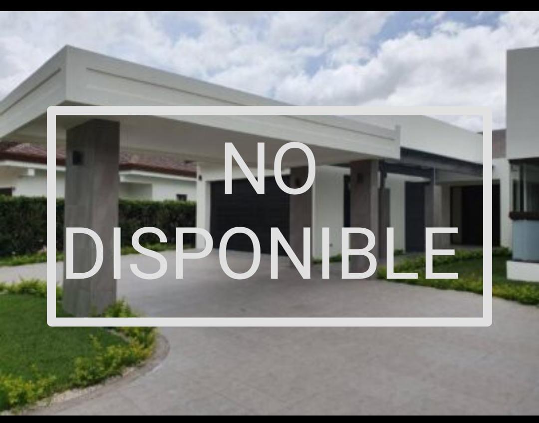 Venta-casa-una-planta-Santa-Ana-Piedades-Condominio-Hacienda-del-Bosque-premier-propiedades