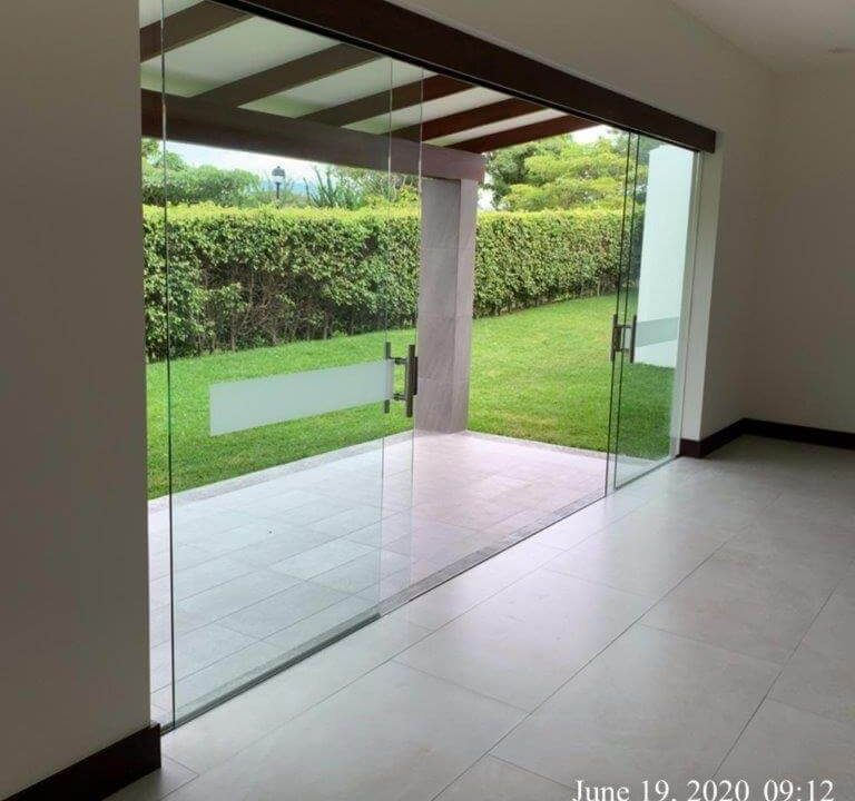 alquiler-casa-una-planta-santa-ana-piedades-hacienda-del-bosque-premier-propiedades (20)