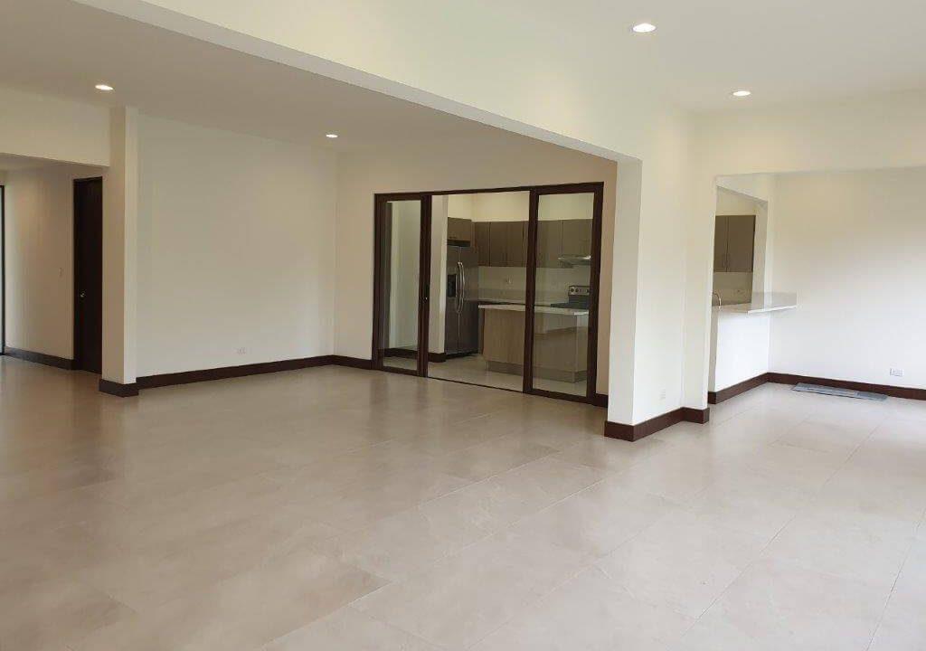 venta-casa-una-planta-santa-ana-piedades-hacienda-del-bosque-premier-propiedades (17)