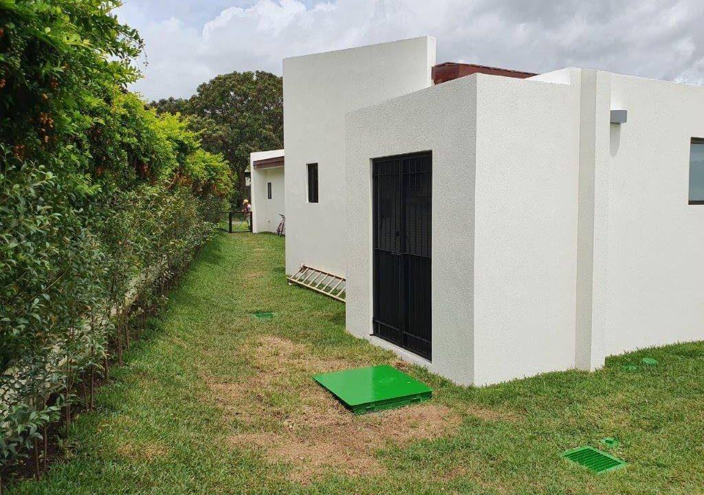 venta-casa-una-planta-santa-ana-piedades-hacienda-del-bosque-premier-propiedades (29)