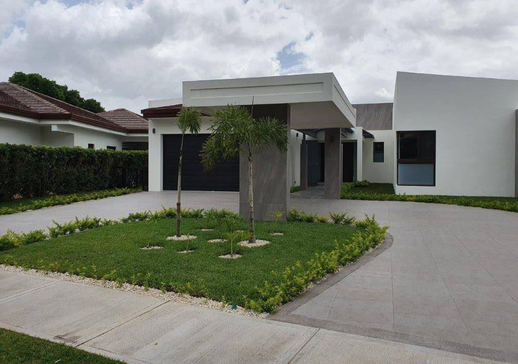 venta-casa-una-planta-santa-ana-piedades-hacienda-del-bosque-premier-propiedades (6)