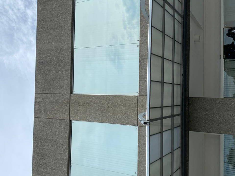 Venta-local-u- oficinas-Santa- Ana-premier-propiedades (1)