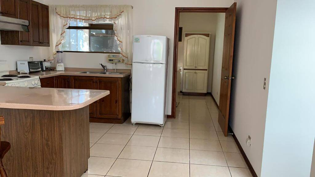 alquiler-apartamento-trejos-montealegre-premier-propiedades (5)