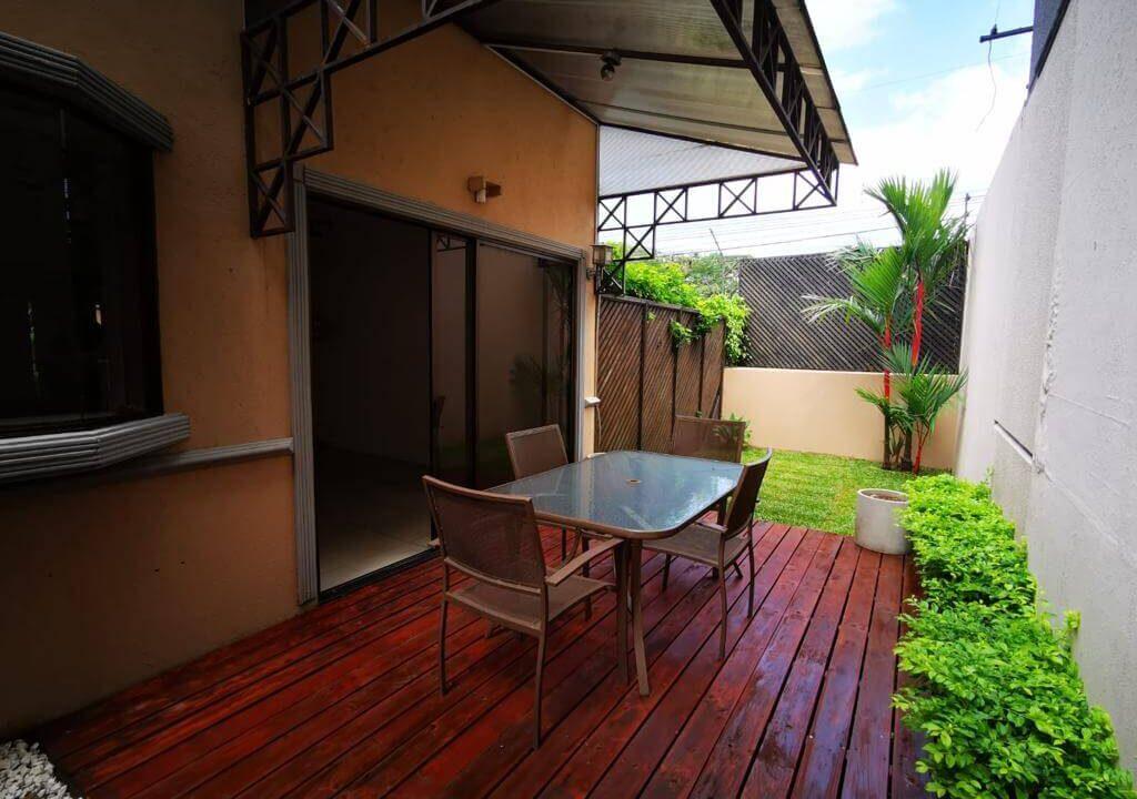alquiler-casa-condominio-rio-oro-santa-ana-premiper-propiedades (1)