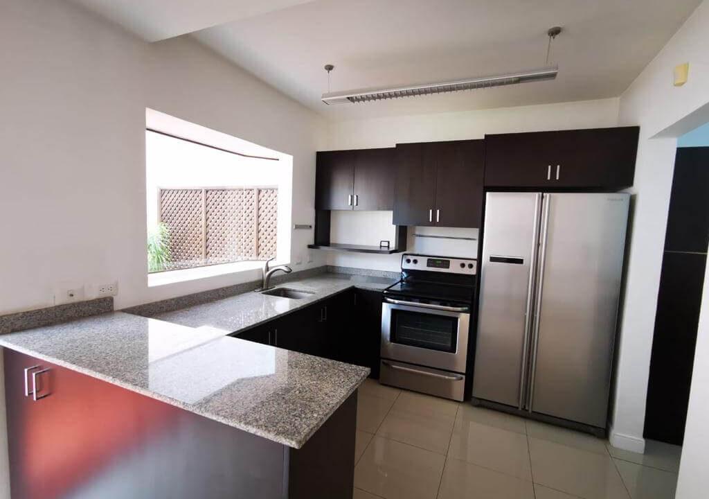 alquiler-casa-condominio-rio-oro-santa-ana-premiper-propiedades (10)
