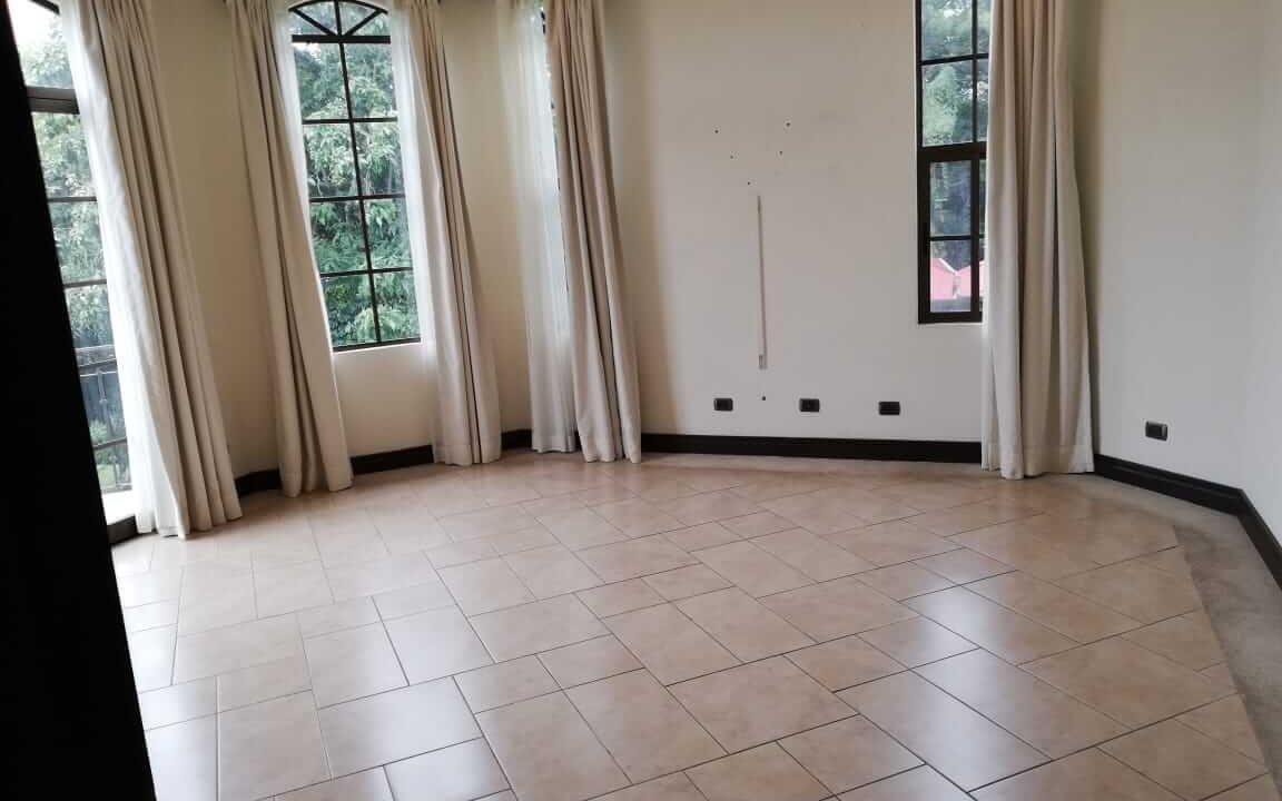 alquiler-casa-rio-oro-santa-ana-premier-propiedades (1)