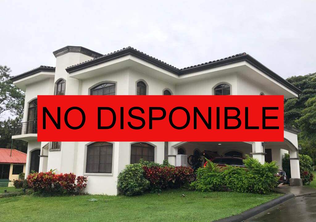 alquiler-casa-rio-oro-santa-ana-premier-propiedades (13)