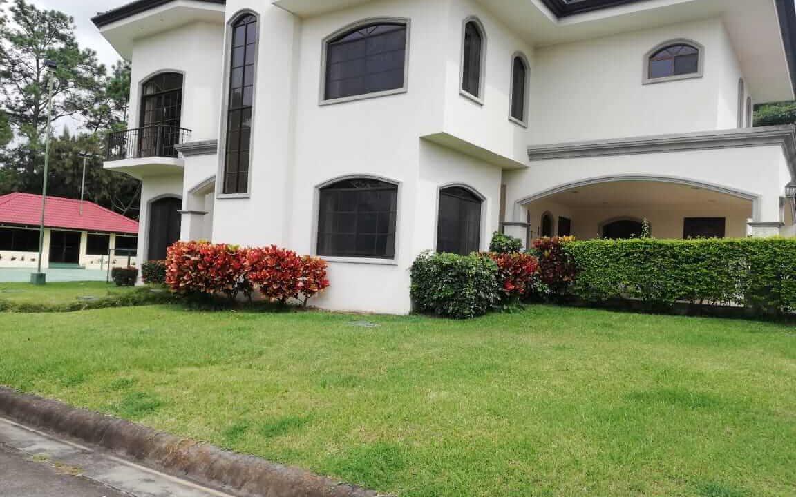 alquiler-casa-rio-oro-santa-ana-premier-propiedades (22)