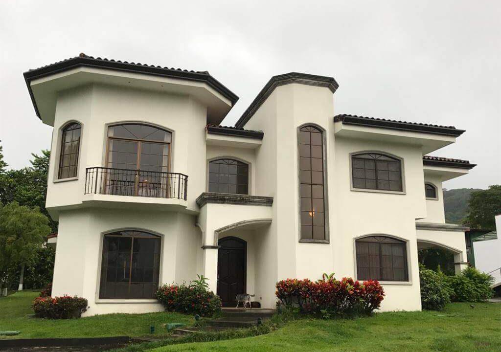 alquiler-casa-rio-oro-santa-ana-premier-propiedades (24)