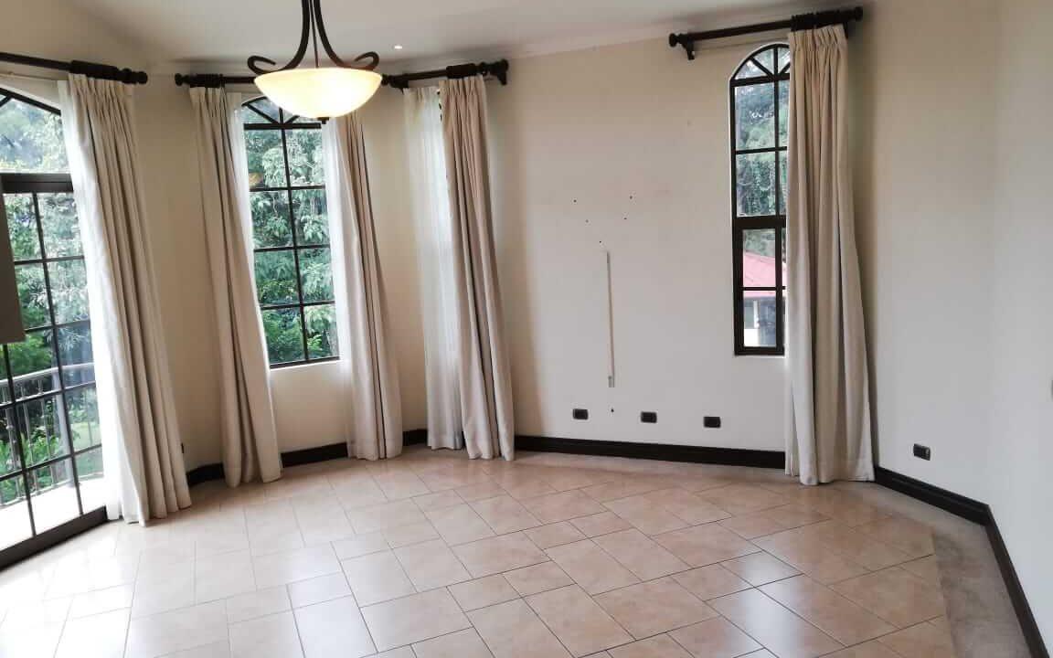 alquiler-casa-rio-oro-santa-ana-premier-propiedades (32)