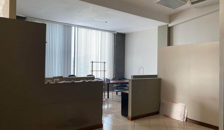 se-alquila--local-u- oficinas-Santa- Ana-premier-propiedades (5)
