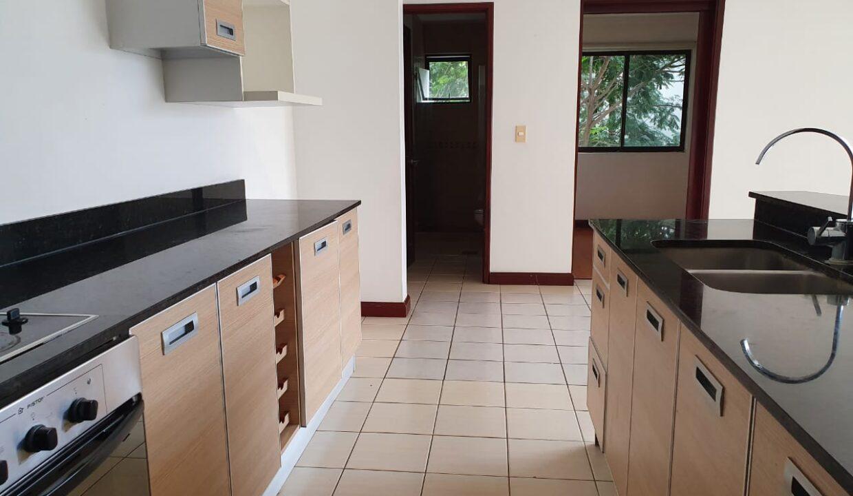 alquiler-apartamento-condominio-avalon-santa-ana (15)