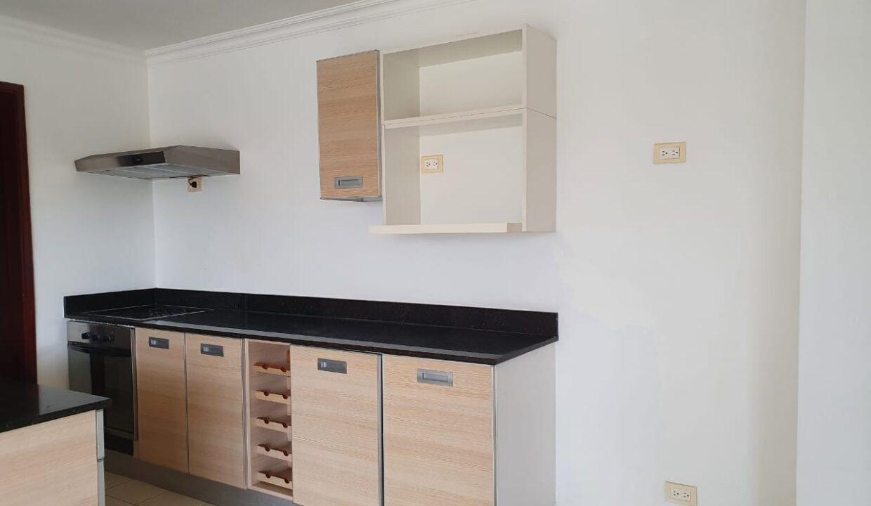 alquiler-apartamento-condominio-avalon-santa-ana (9)