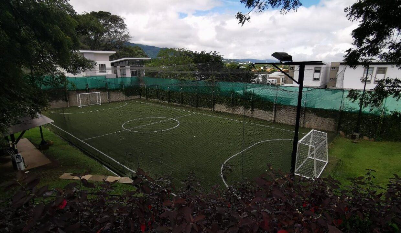 alquiler-apartamento-condominio-residencial-villa-real-santa-ana-premier-propiedades (12)