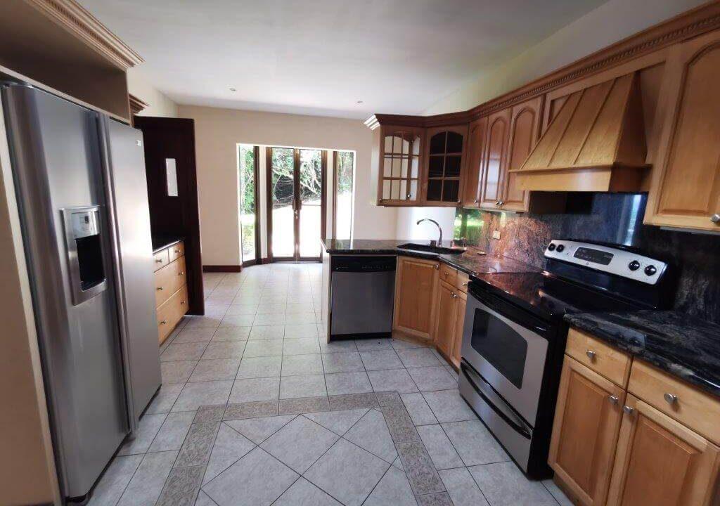 alquiler-apartamento-condominio-residencial-villa-real-santa-ana-premier-propiedades (5)