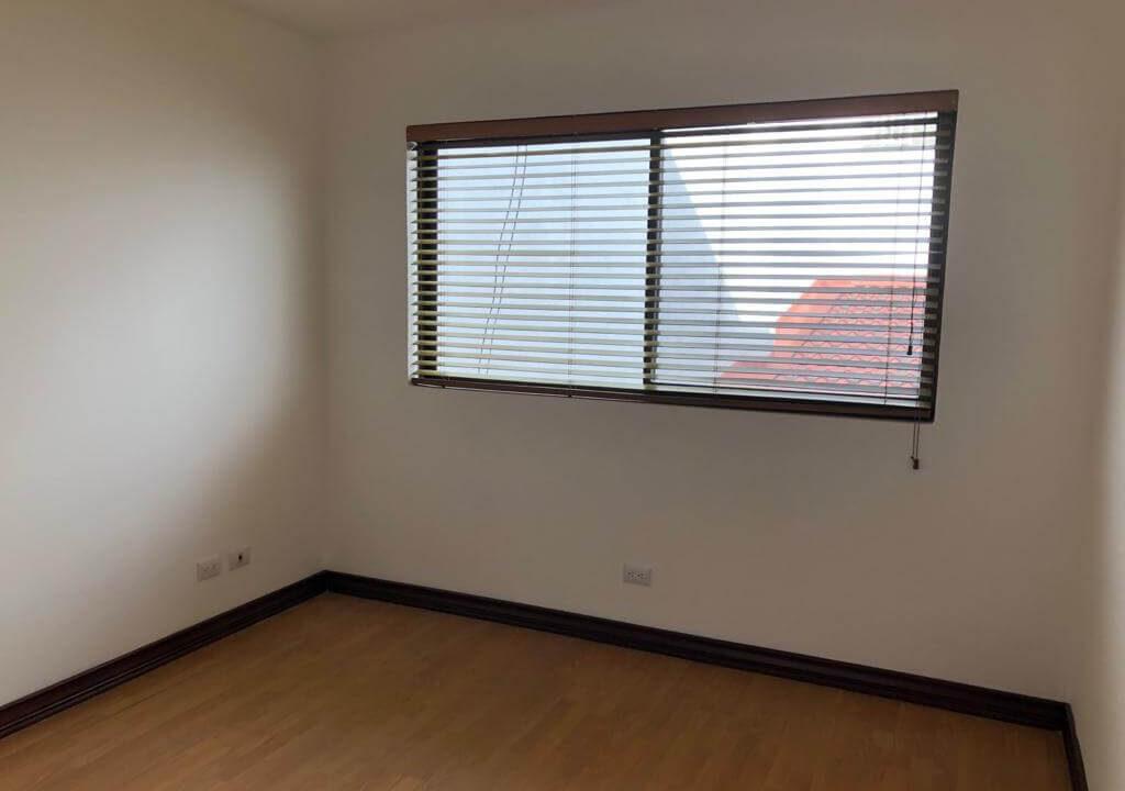 alquiler-apartamento-condominio-trejos-montealegre-premier-propiedades (23)