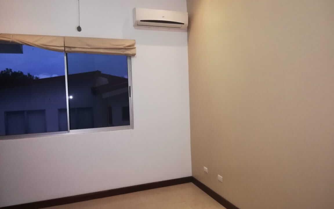 alquiler-casa-en-condominio-pozos-santa-ana-premier-propiedades (7)