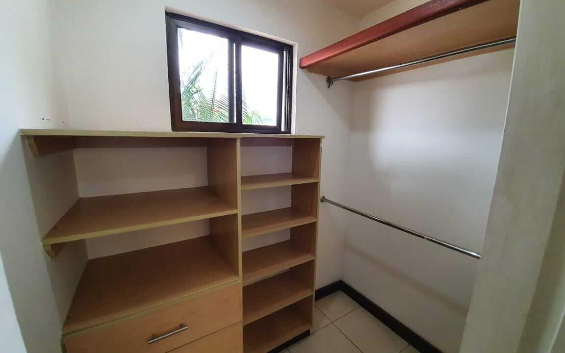 alquiler-casa-pozos-santa-ana-escazu-premier-propiedades (16)