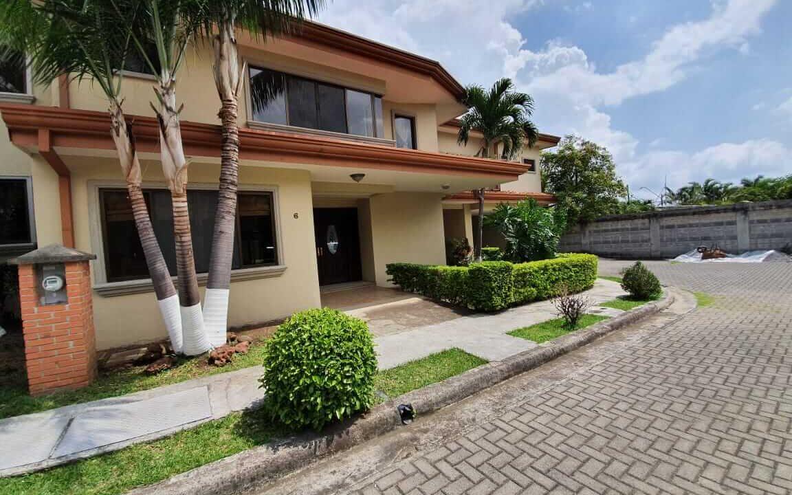 alquiler-casa-pozos-santa-ana-escazu-premier-propiedades (5)