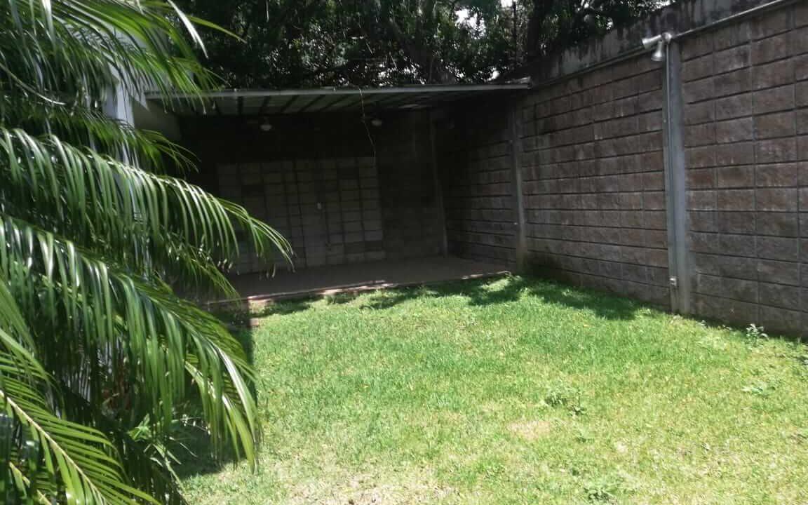 alquiler-casa-pozos-santa-ana-premier-propiedades (3)