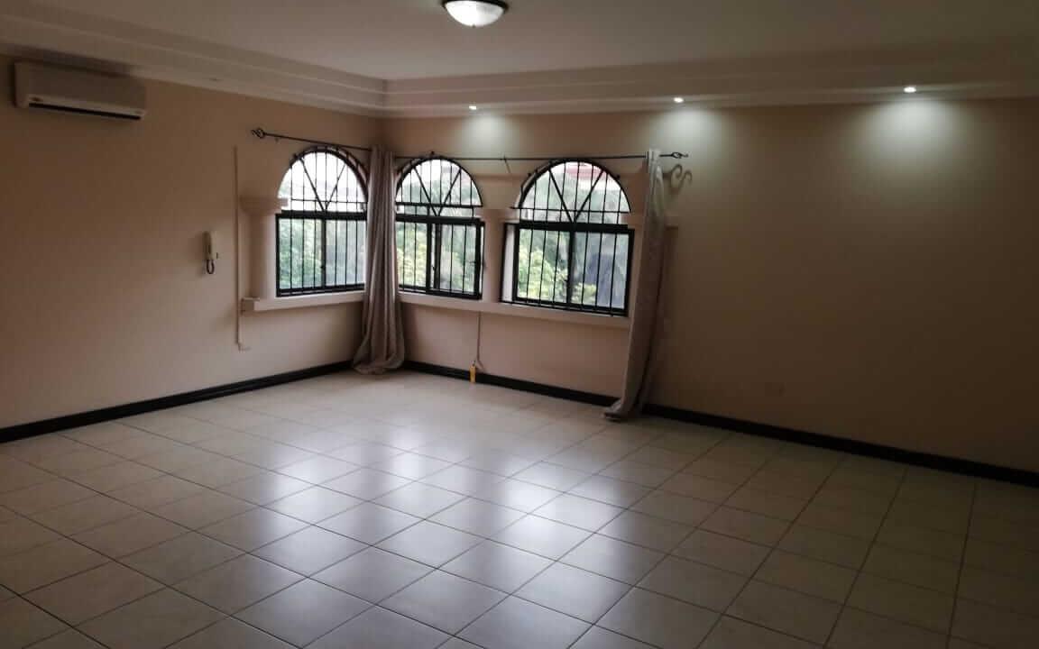 alquiler-de-casa-en-residencial-parque-valle-del-sol-lindora-santa-ana-premier-propiedades (1)