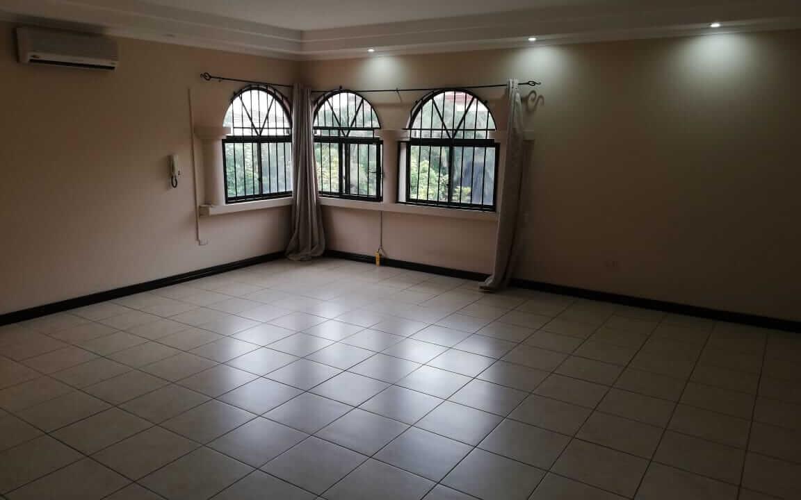 alquiler-de-casa-en-residencial-parque-valle-del-sol-santa-ana-premier-propiedades (1)