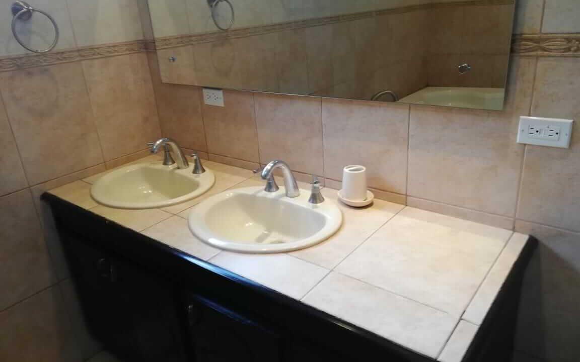 alquiler-de-casa-en-residencial-parque-valle-del-sol-santa-ana-premier-propiedades (2)