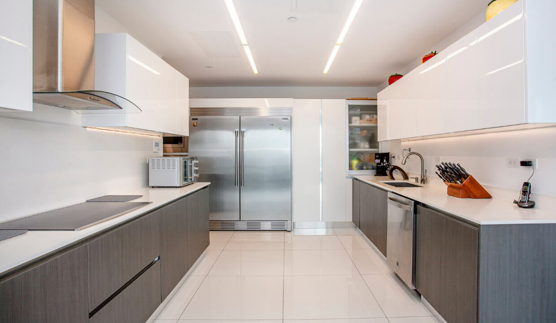 venta-apartamento-residencial-central-park-en-trejos-montealegre-premier-propiedades (15)