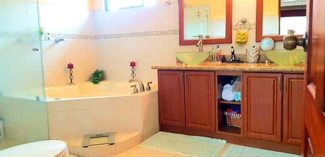 venta-casa-condominio-via-nova-santa-ana (8)