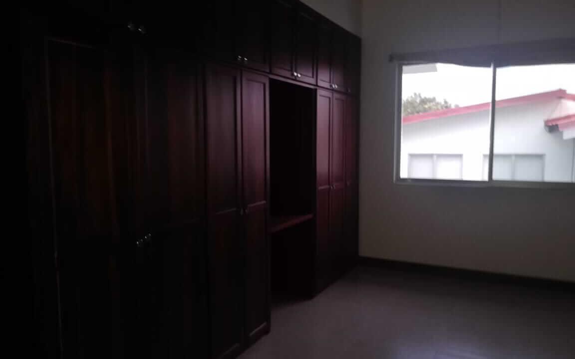 venta-casa-pozos-santa-ana-premier-propiedades (6)
