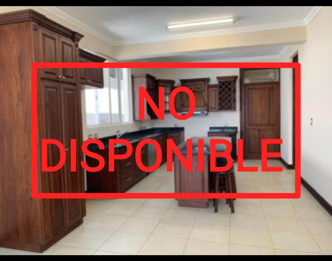 Se Alquila Casa en Condominio en Guachipelín, Escazú