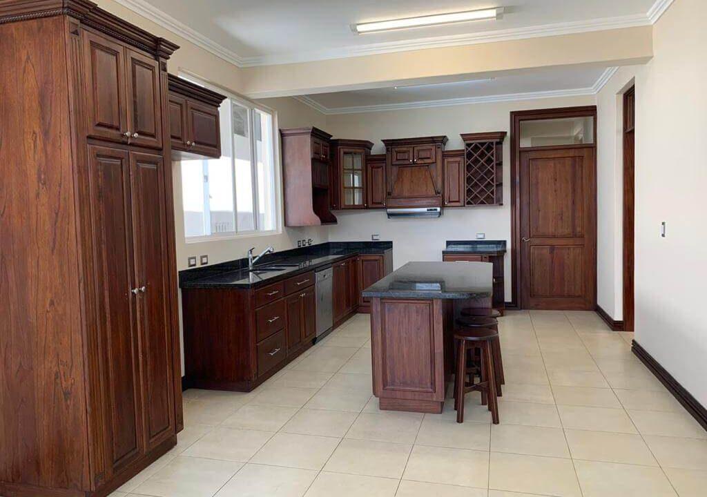 alquiler-casa-condominio-guachipelin-escazu-premier-propiedades (15)