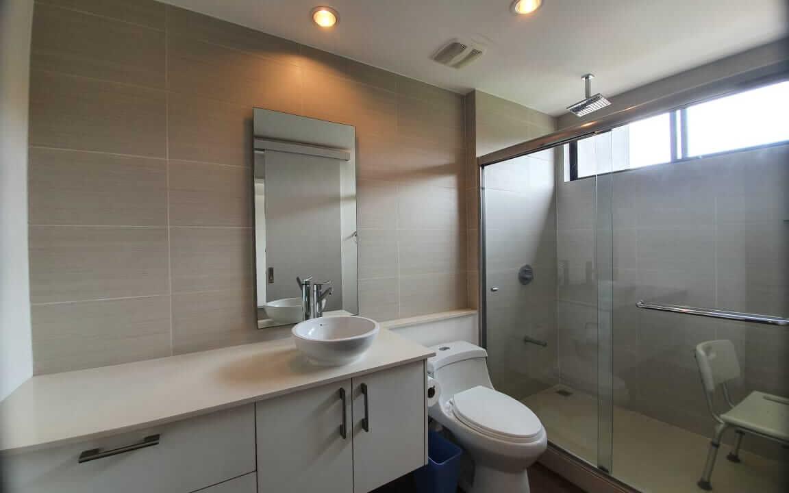 alquiler-apartamento-en condominio-bakia-flasts-brasil-de-santa-ana-premier-propiedades (5)