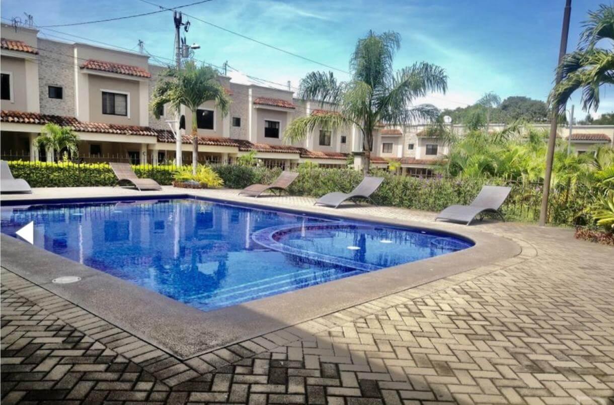 Venta-de-Casa-en-Condominio-Santa-Ana-Hills