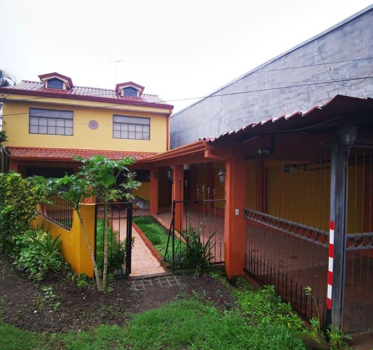 Casa-en-Venta-San-Rafael-Arriba-Desamparados-Premier-Propiedades (13)