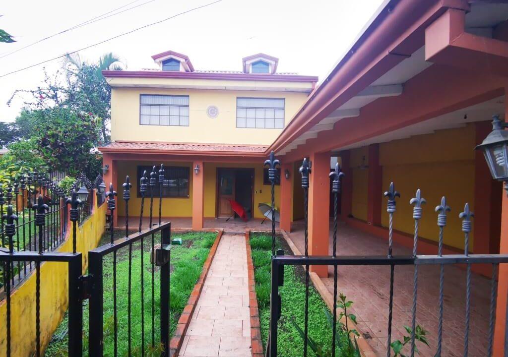 Casa-en-Venta-San-Rafael-Arriba-Desamparados-Premier-Propiedades (14)