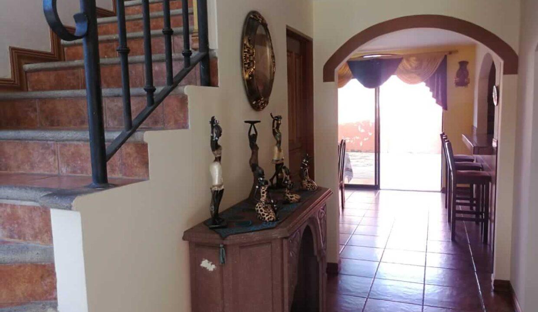 Venta-casa-condominio-Bouganvillea-sabanilla-premier-propiedades (1)