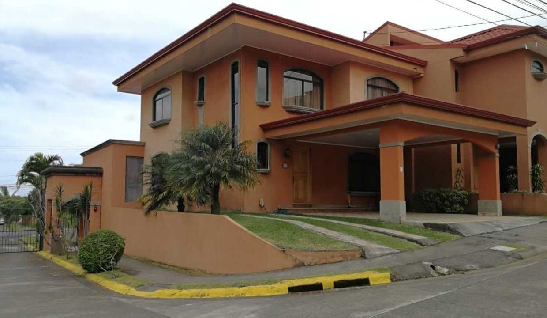 Venta-casa-condominio-Bouganvillea-sabanilla-premier-propiedades (7)