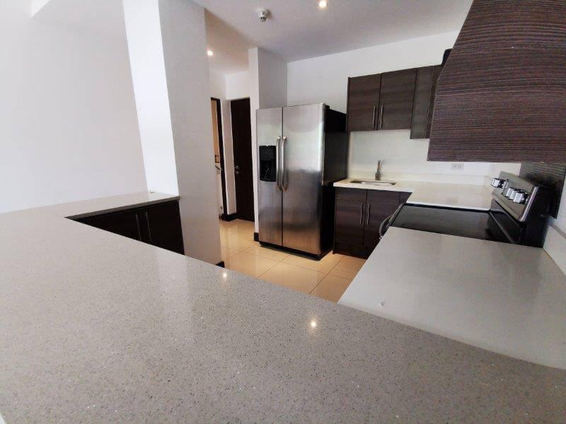 alquiler-apartamento-condominio-montesol-santa-ana-premier-propiedades (13)