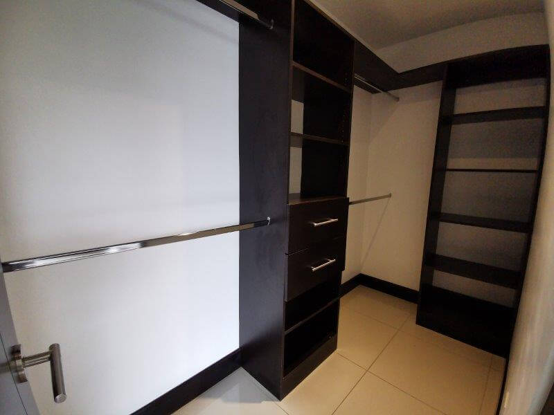alquiler-apartamento-condominio-montesol-santa-ana-premier-propiedades (16)