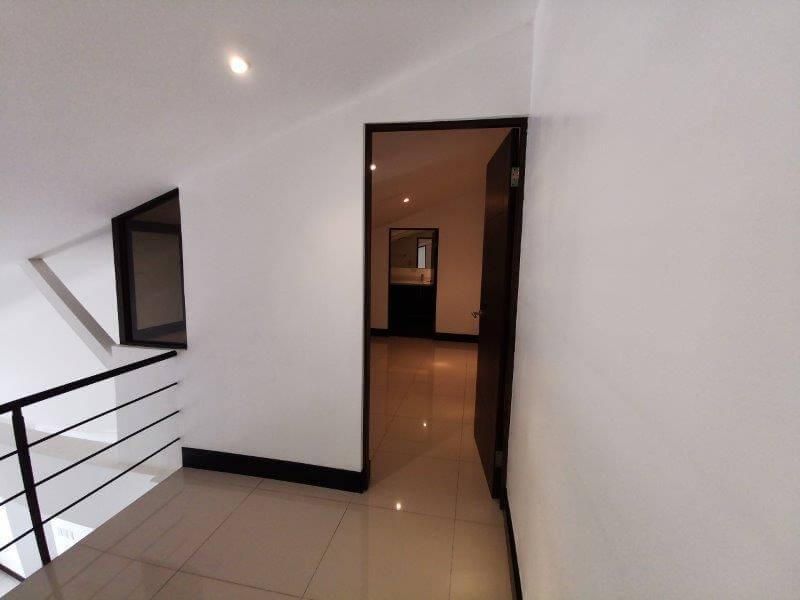 alquiler-apartamento-condominio-montesol-santa-ana-premier-propiedades (5)