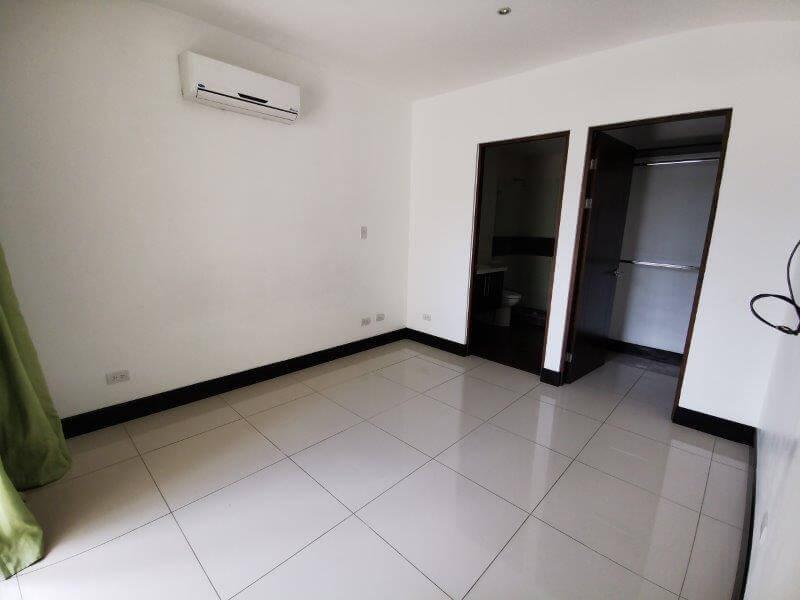 alquiler-apartamento-condominio-montesol-santa-ana-premier-propiedades (9)