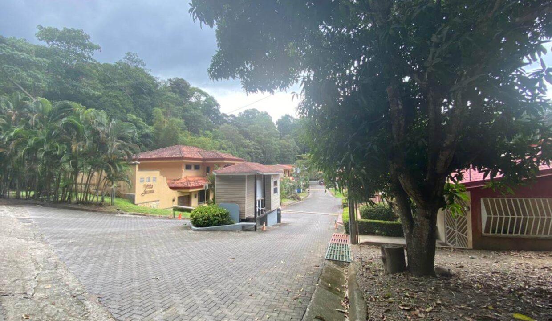 venta-casa-en-punta-leona-premier-propiedades (2)