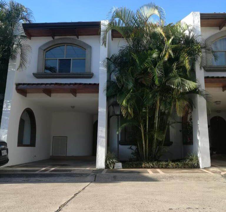 Venta-casa-Condominio-Casa-Bella-Curridabat-premier-propiedades (17)
