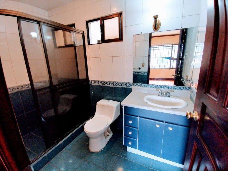 venta-apartamento-condominio-trejos-montealegre-san-rafael-escazu (17)