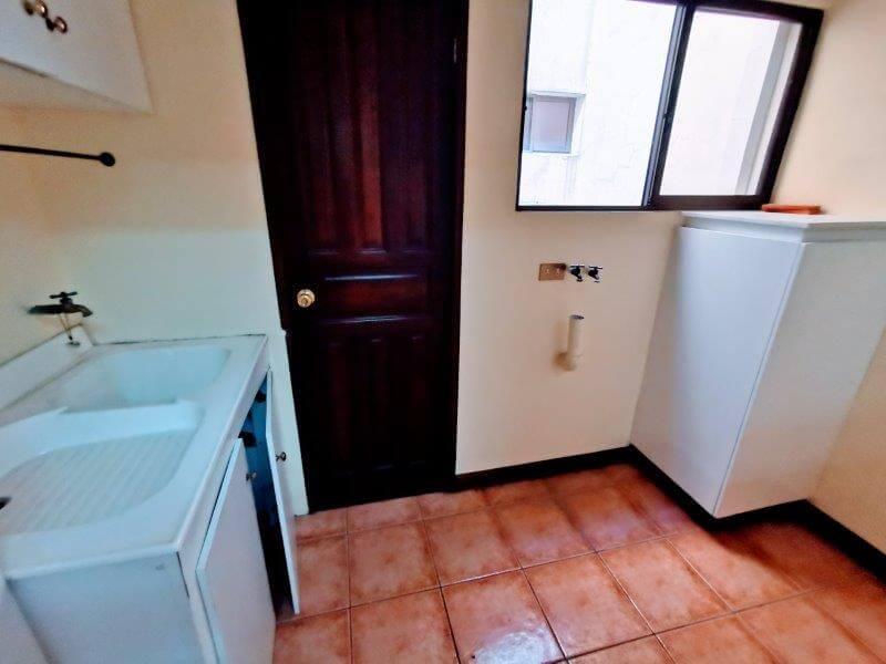 venta-apartamento-condominio-trejos-montealegre-san-rafael-escazu (18)